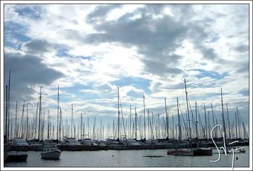 Sky and Boats by axlar