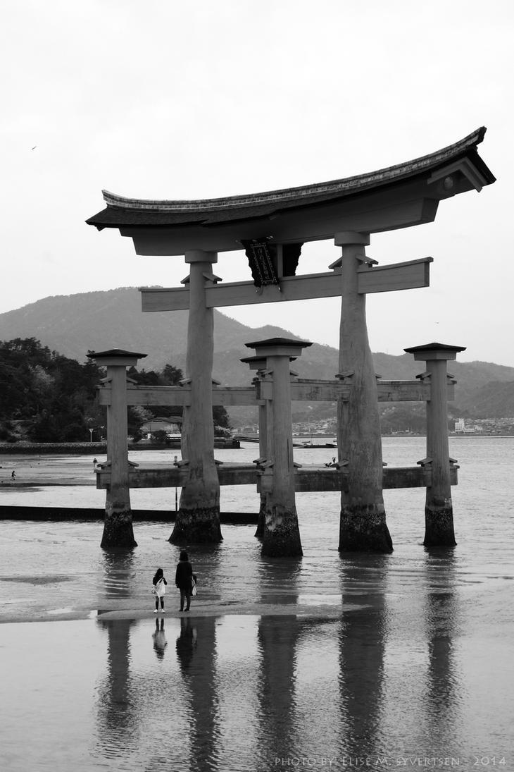 -Itsukushima- by oomizuao