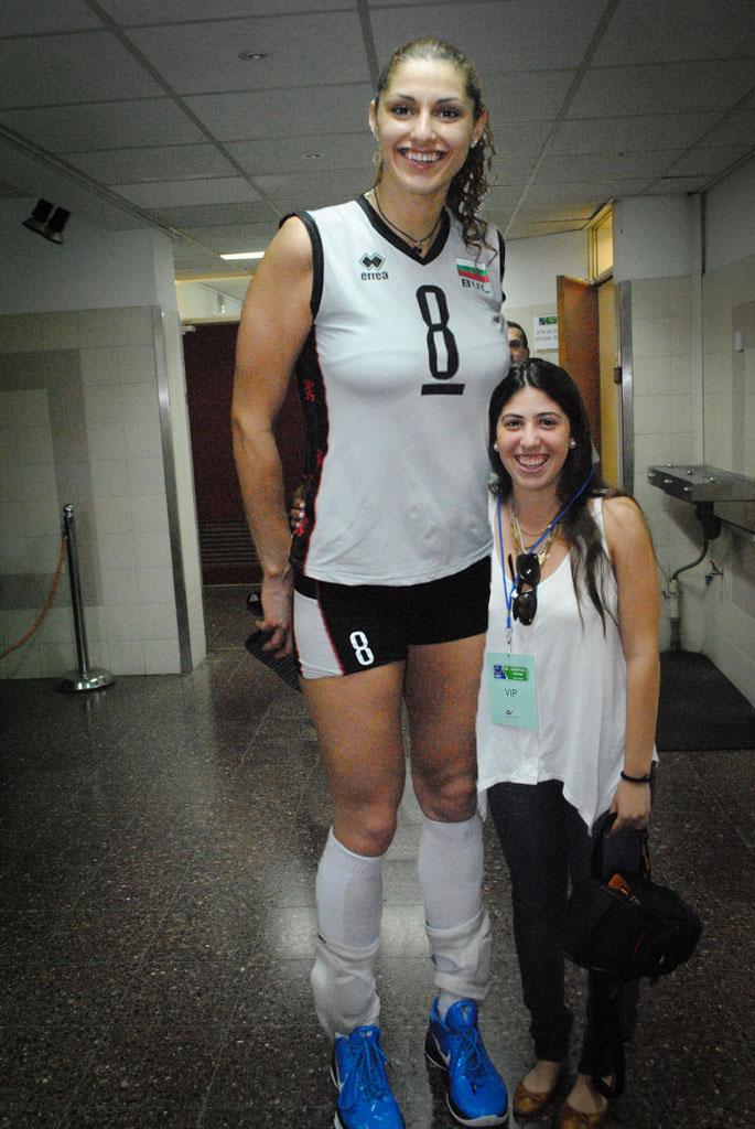 Photos Of Women Dating Shorter Mens Basketball