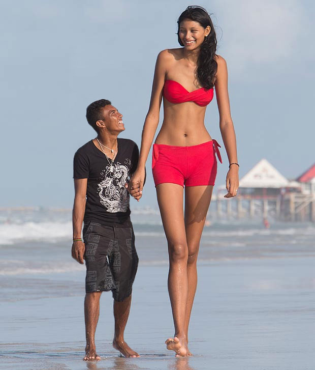 dating a giant guy