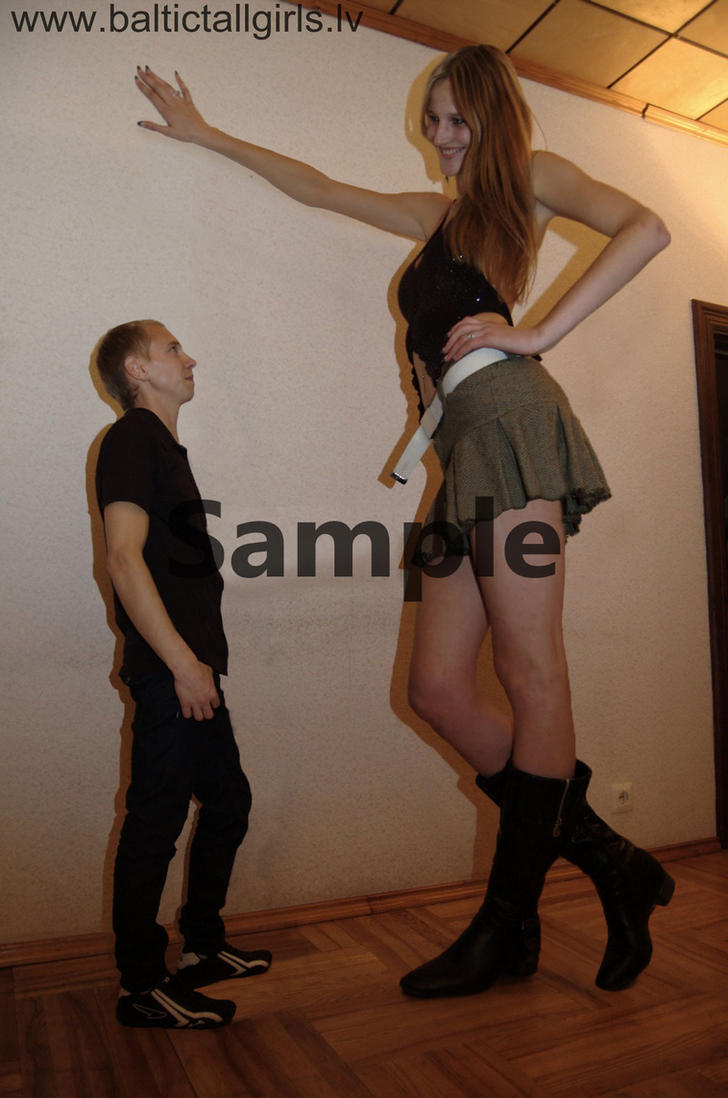 Midget girl and tall man