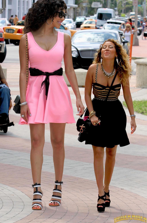 Julissa Bermude... Adrienne Bailon And Rob Kardashian Back Together 2017