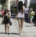 Kendall an Kourtney walk