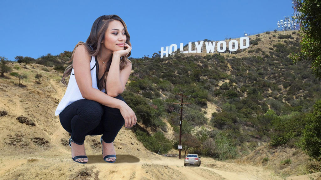 Jess Lizama at the Hollywood sign by lowerrider