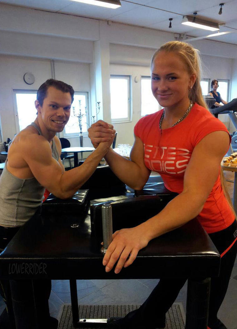 Amazon Sarah Backman arm wrestle by lowerrider