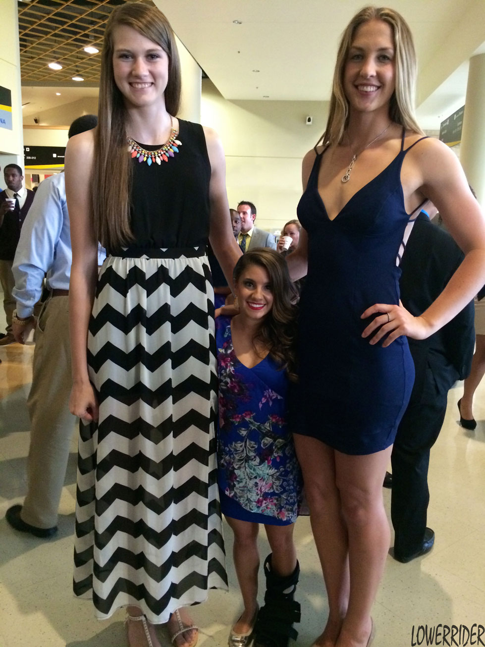 very tall volleyball girl