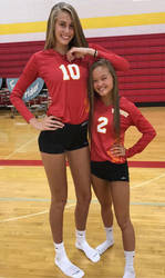 Tall and Tiny Volleyball players by lowerrider