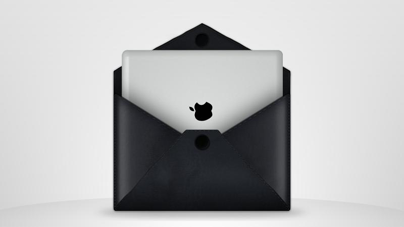 Leather envelope + iPad by Mc-Cabe