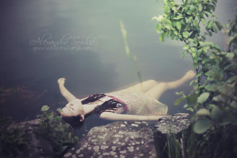 Bye bye baby by AlexandraSophie