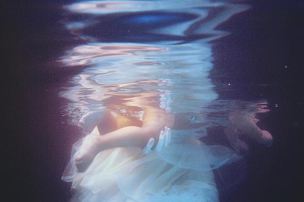 Underwater love by AlexandraSophie