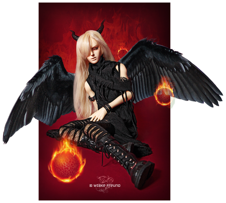 Fallen Angel by Labeculas-Dollhouse