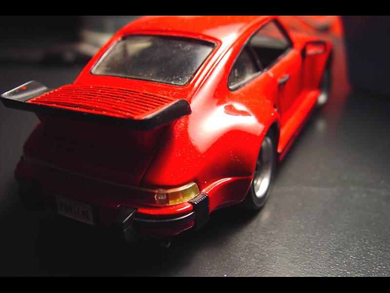 My model of a 911 by sirkus