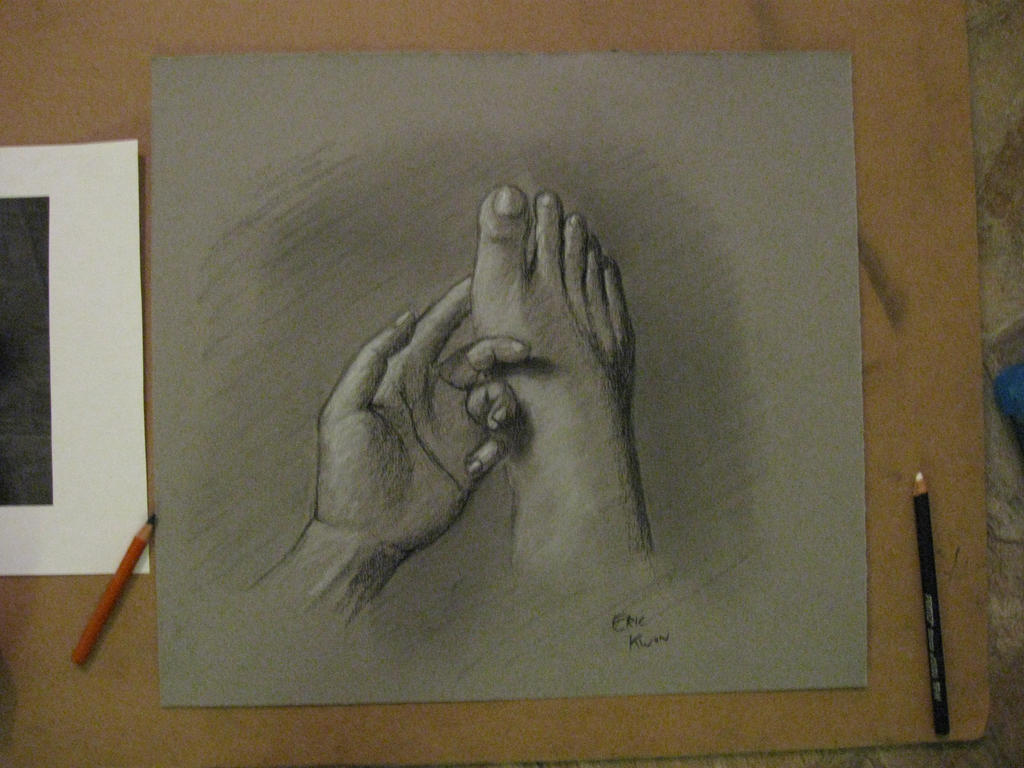 Foot and Hand - Charcoal by Hyun1990 on DeviantArt