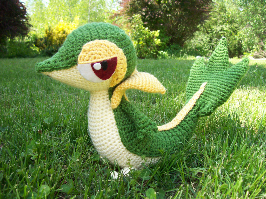 Snivy by DarkWater9
