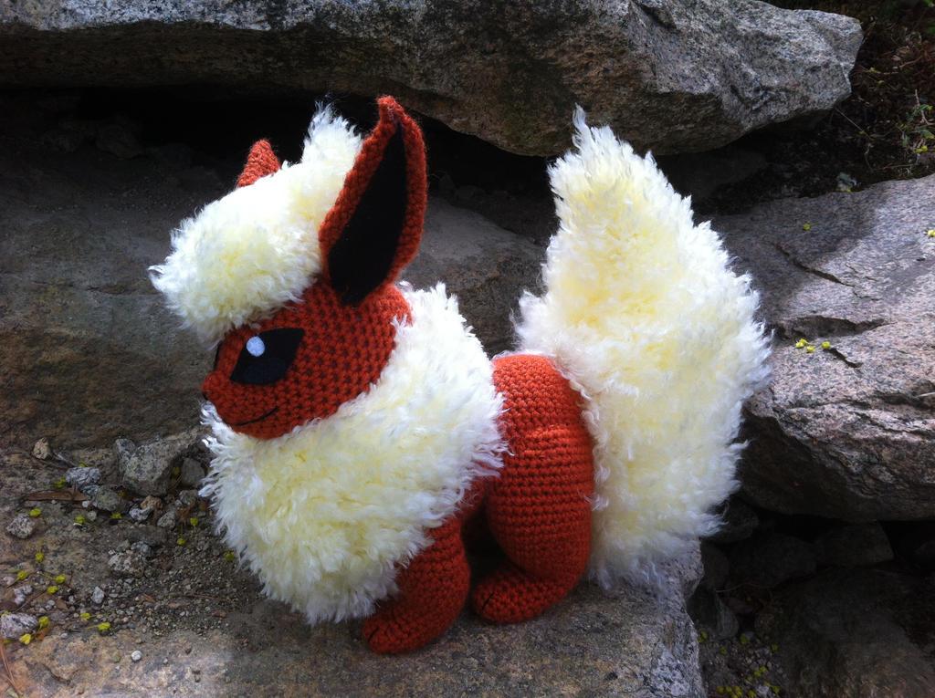 Amigurumi Pokemon Eevee : Flareon Amigurumi by DarkWater9 on DeviantArt