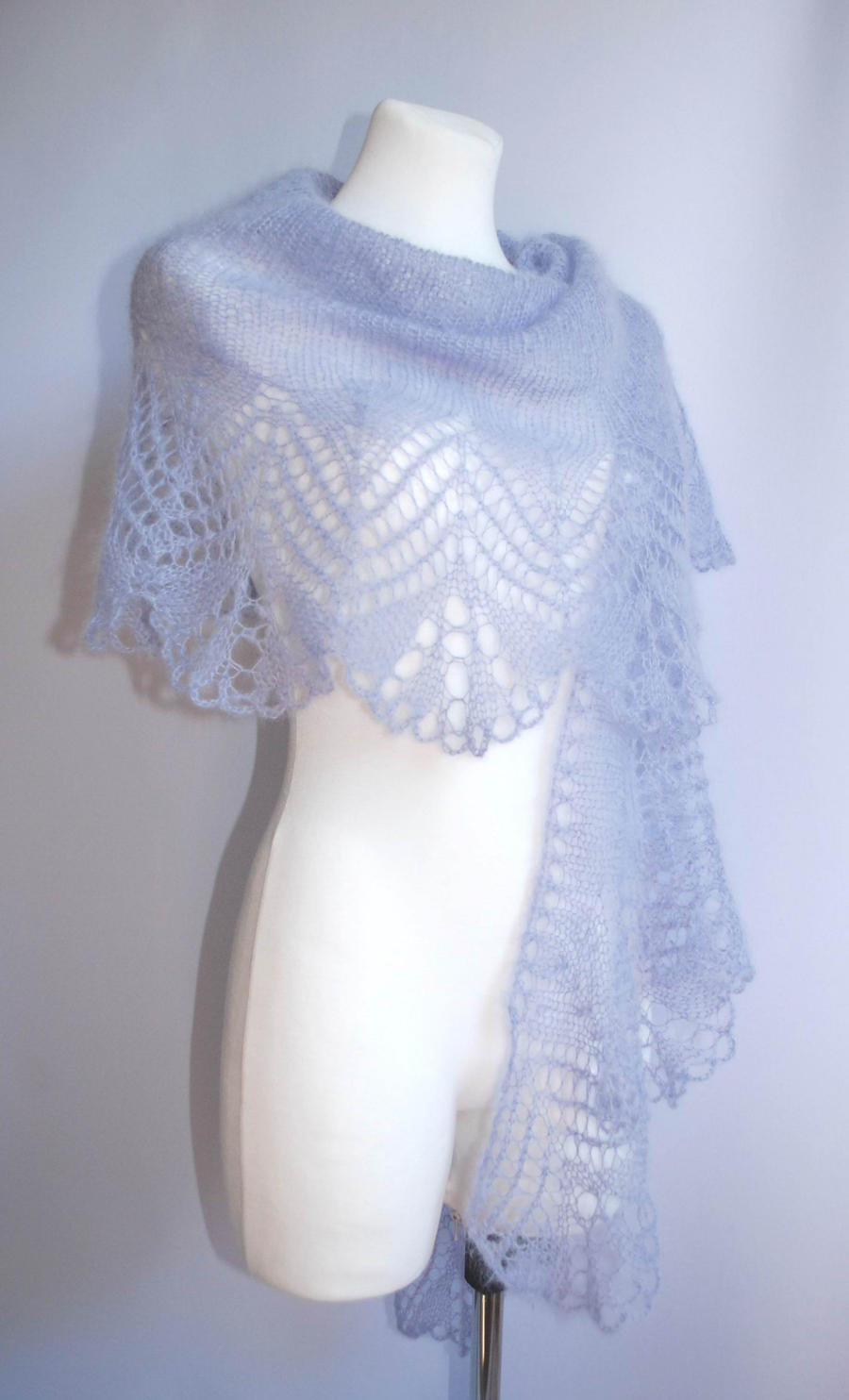 Lavender hand knitted lace shawl by NitkaAG