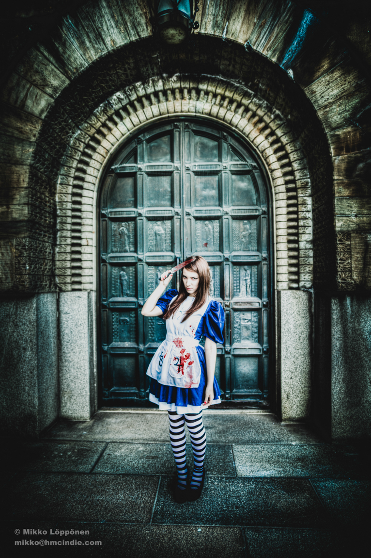 Alice Liddell Cosplay #4 by MissLiddles