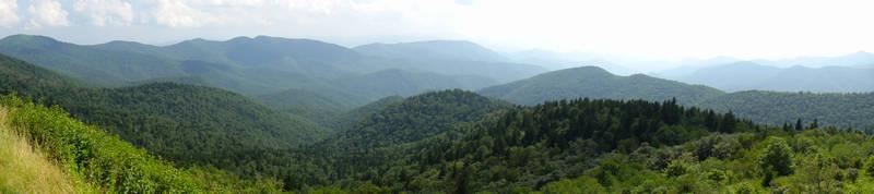 Cowee Mountains by TrekkieTechie