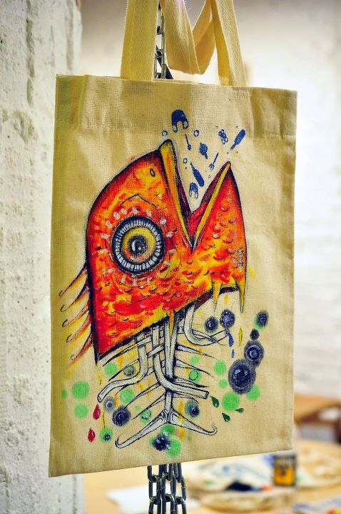 short essay on say no to plastic bags California today: should we ban plastic bags  opponents of the ban argue that plastic bags  have grown used to the idea of reusable bags, advocates say.