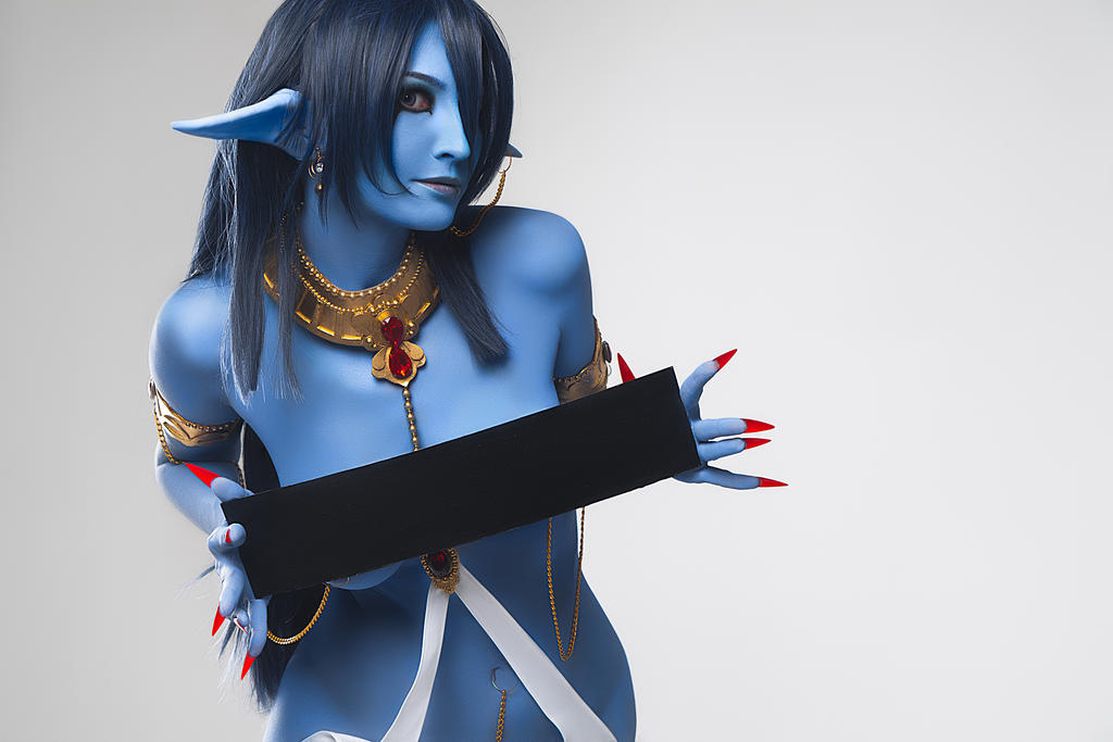 Magi: The Labyrinth of Magic: Piamon sexy cosplay