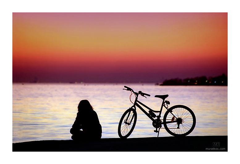 Kiz ve Bisiklet by turkiye