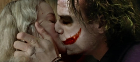Joker and Harley Kiss by zombiexsmile