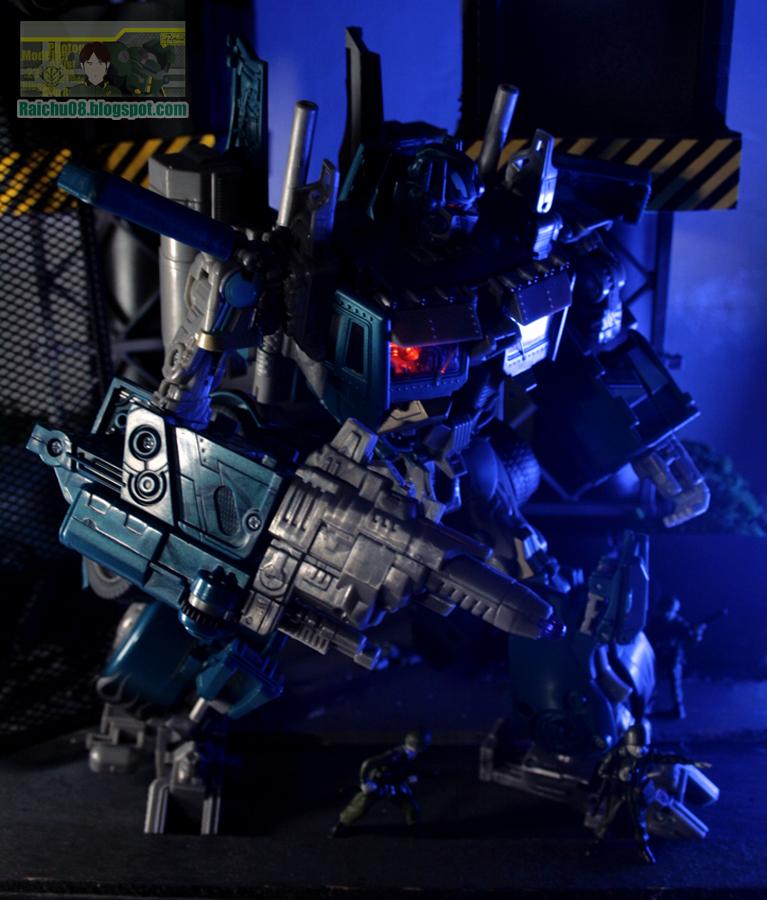 Nightwatch Optimus Prime by neueziel