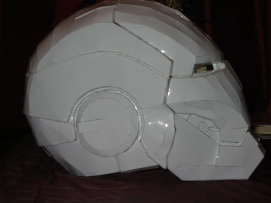 Iron man 3 helmet paper crafts