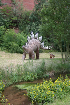 Dinosaurs approaching