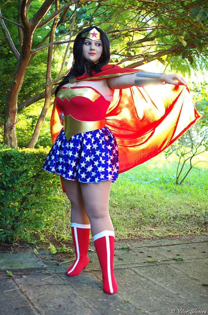 Wonder Woman by Vitor-Silveira