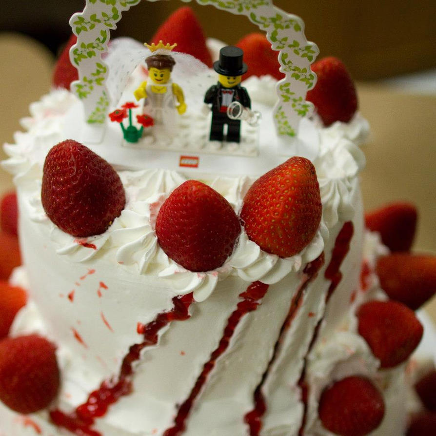 Free Anime Strawberry Cake Picture