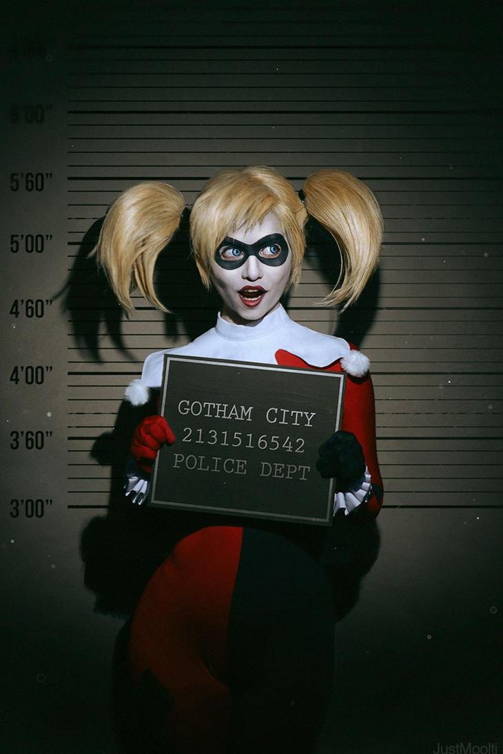 Harley Quinn Cosplay by shimyrk