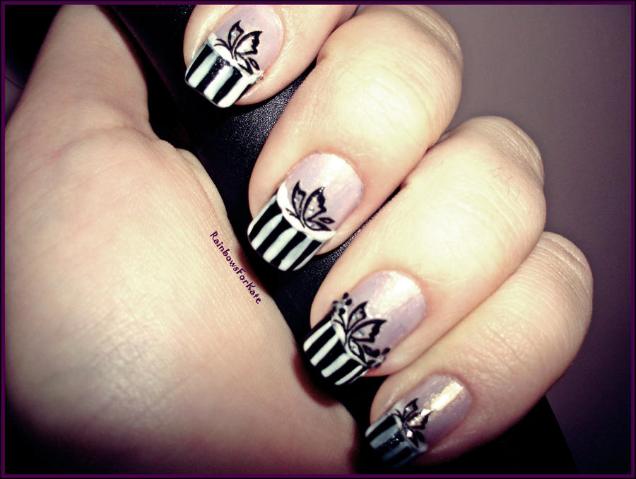 Black Nail Tip Art Moreover Black And White Tip Nails As Well As Black