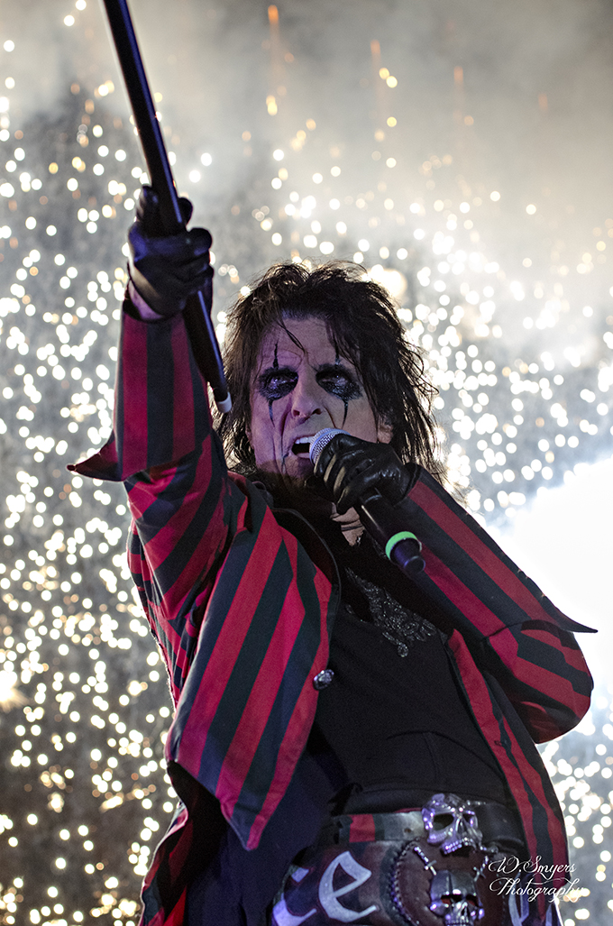 Alice Cooper by revrendwilliam