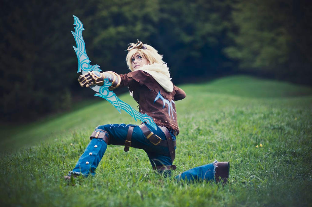 League of Legends - Ezreal by Minus10GradCelsius on DeviantArt