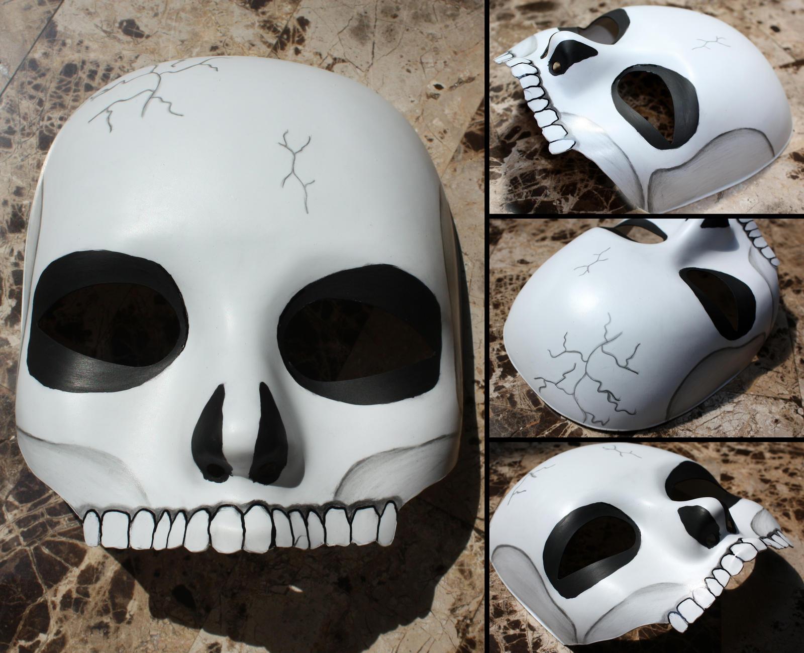 Skull masquerade mask by elvaniel