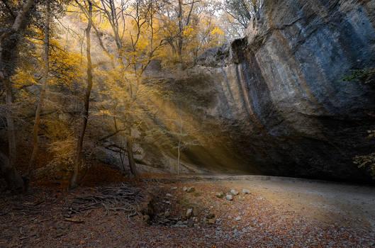 Autumn. Dry waterfall _Visor_