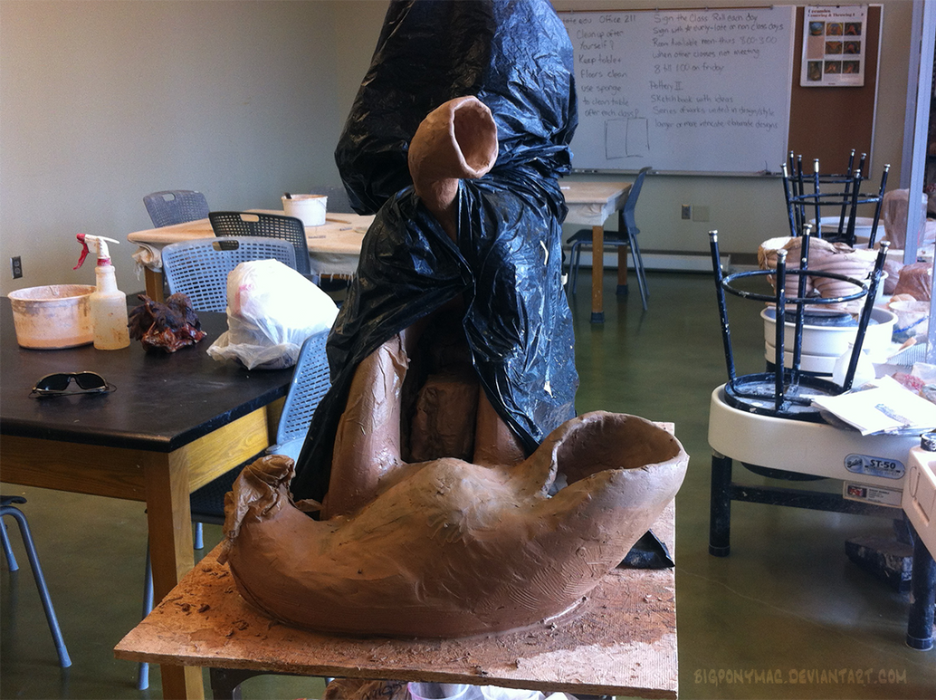 Big Luna Sculpt - tail construction continued by bigponymac