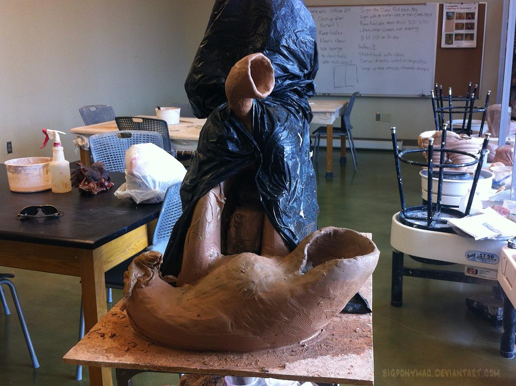 Big Luna Sculpt - tail construction continued by bigponymac
