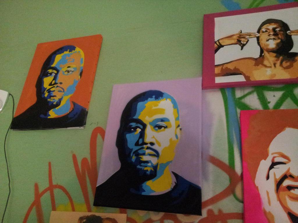 Stencils colors 32