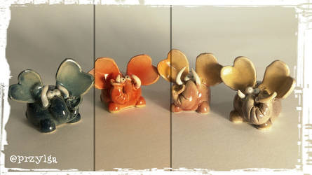 Mini elephant figures by Przylga