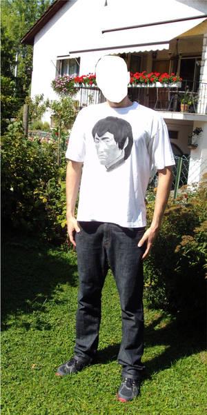 Bruce Lee t-shirt (me wearing it)