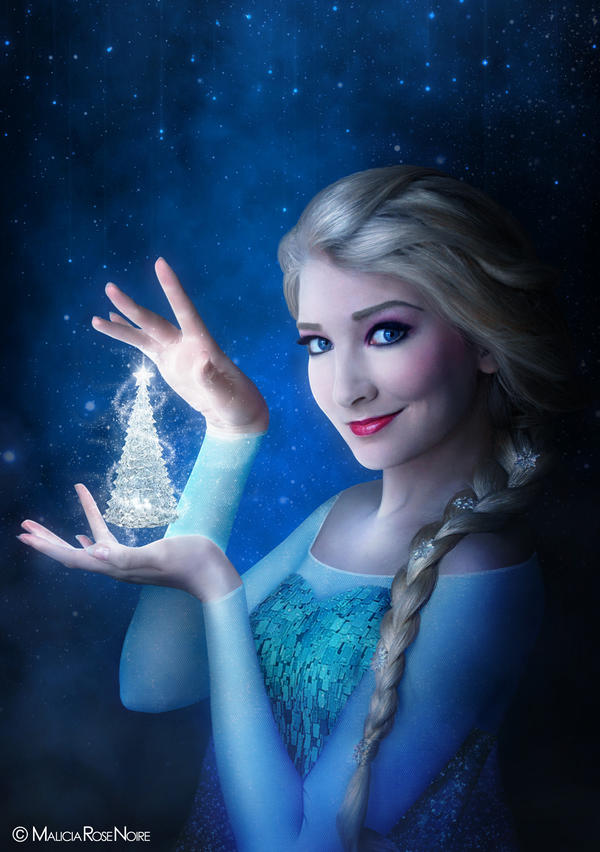 Queen Elsa (Frozen) by MaliciaRoseNoire