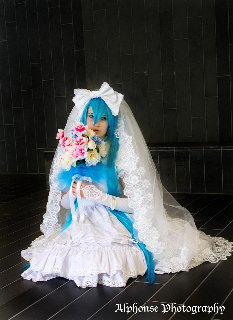 Wedding Hatsune Miku 04 by KyuProduction
