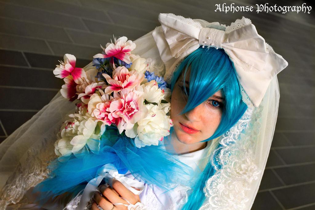 Wedding Hatsune Miku 06 by KyuProduction