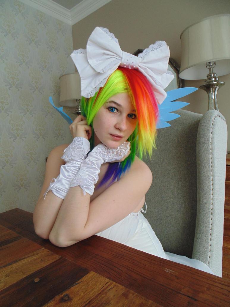 Profil Rainbow Dash Wedding by KyuProduction