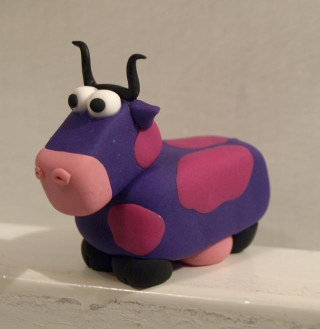 Polimer Clay Cow_n10 by serenainwonderland