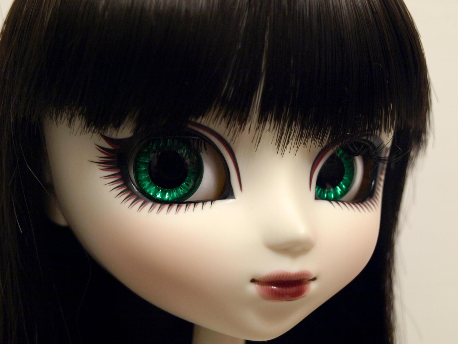Mir's new eyechips by serenainwonderland