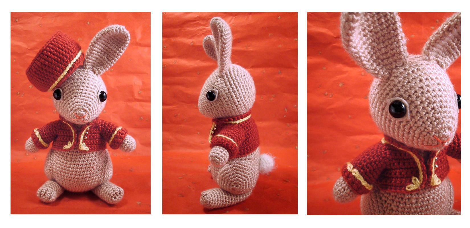 Bellhop Bunny - amigurumi by selkie