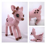 Pink Frosting - amigurumi deer by selkie